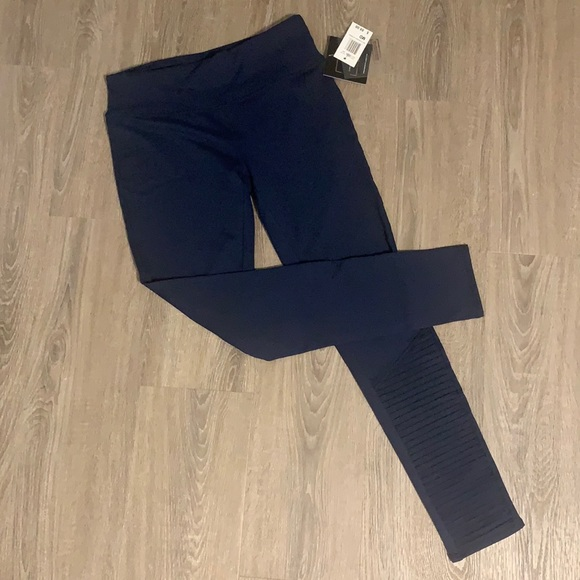 Threads 4 Thought navy blue leggings